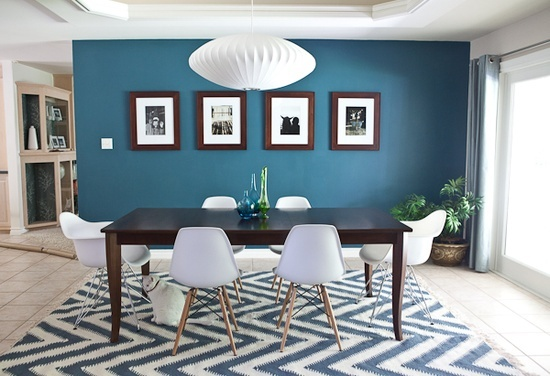 Blue accent wall, love the rug @ DIY Home Design