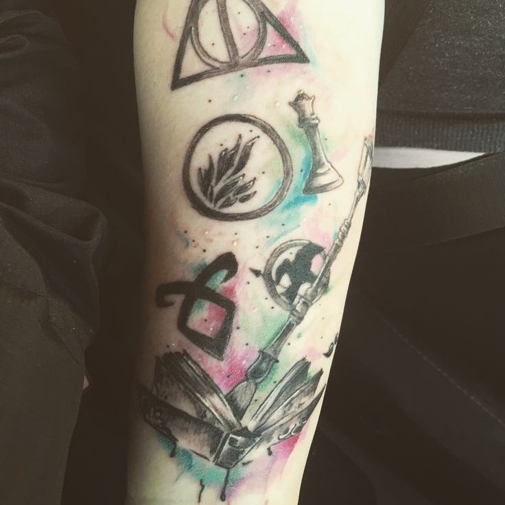 Literary tattoo of all my fave books !! HP, Hunger games, Insurgent , Narnia, Twilight