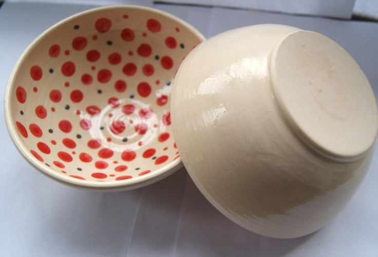 small bowl with red dors