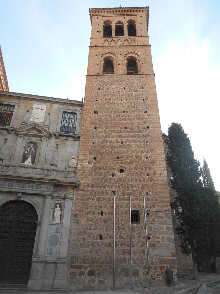 Torre. En San Roman fue coronado Alfoso VIII en 1126