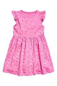 un lindo vestido para una niña