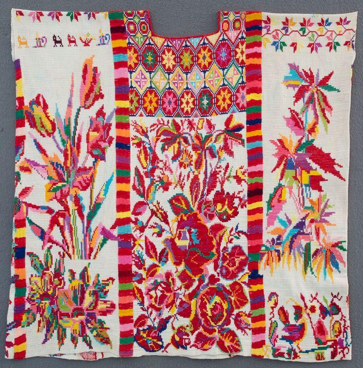 Huipil chinanteco de San Juan Bautista, Valle Nacional. Museo Textil de Oaxaca