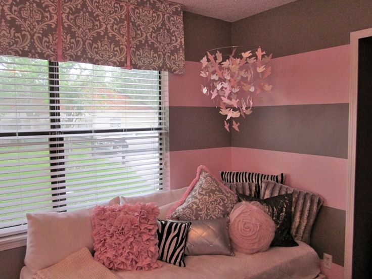 Pink and gray for baby j paint colors girls and window - Couleur chambre fille rose et gris ...