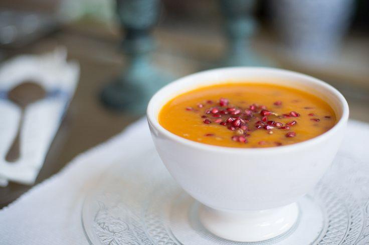 Sweet Potato and Carrot Soup | Madeleine Shaw #healthy #vegetarian #vegan