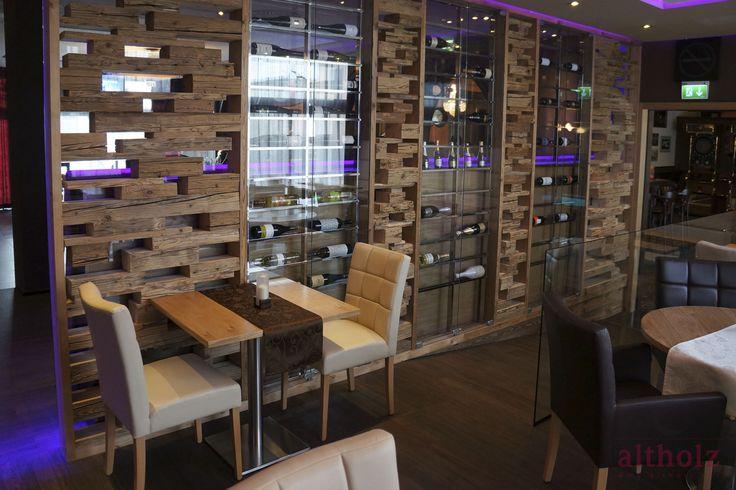 Restaurant, bar, reclaimed wood, wall wood, floor wood, diferent textures, good convination. Paumats.