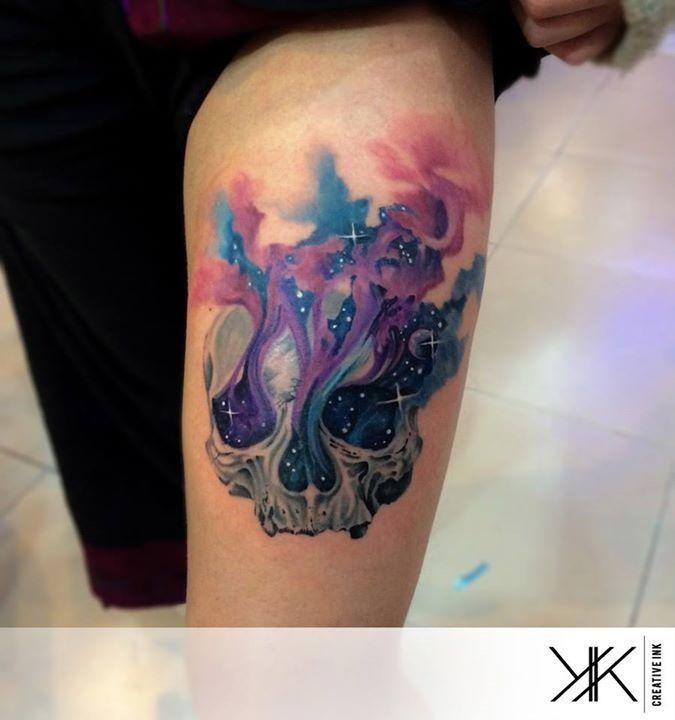 Tatuagem Feminina na Perna | Caveira