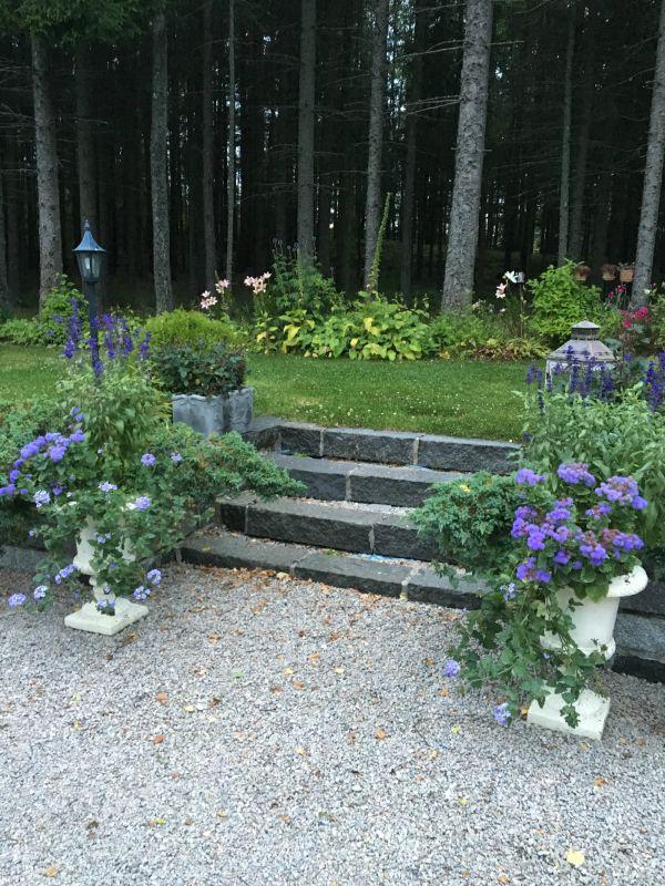 trapp i granitt - hage