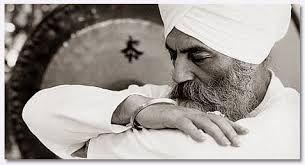 Картинки по запросу йоги бхаджан