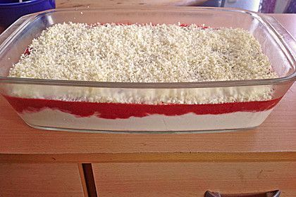 Spaghetti-Eis Dessert schmeckt hamma...