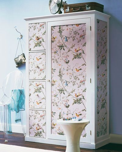 Holz Mit Tapete Bekleben : Wallpapered Wardrobe