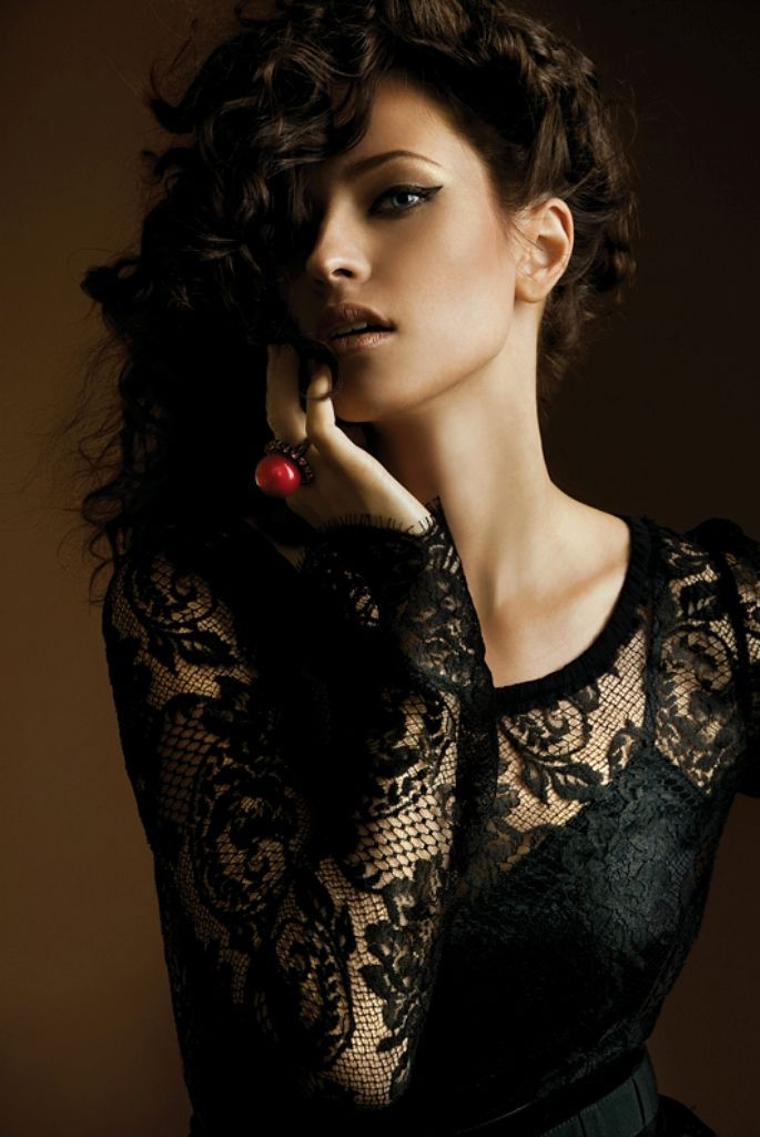 Andrey Yakovlev Lili Aleeva Beautiful Women Portraits Photography