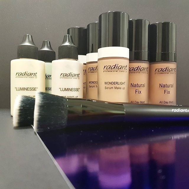 Get base ready and choose one of our professional bases and foundations for a perfect unified complexion and a radiant skin.  #makeup #foundation #primer #makeupbase #makeupbrush #brushes #radiantprofessional