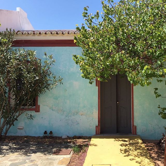 In love with the colours.  #ecohotel #algarve #portugal  At joandso.com LinkInBio © Photo by @joandso