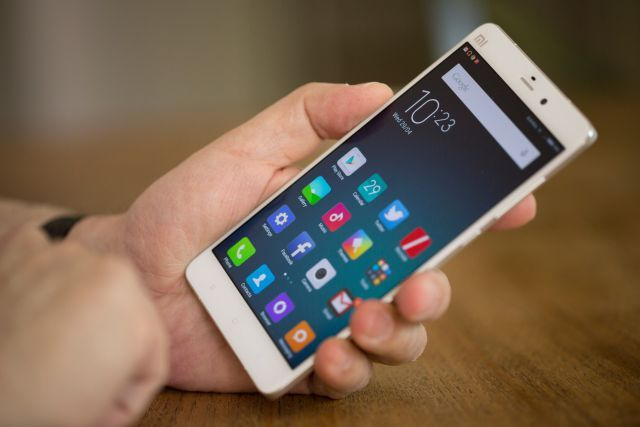 Review: Xiaomi's Mi Note Could Pose Challenge to Apple, Samsung http://recode.net/2015/05/01/review-xiaomis-mi-note-could-pose-challenge-to-apple-samsung/