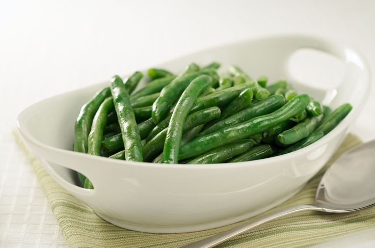 Use these quick, hassle-free methods to steam green beans: in a pan, with a steamer basket, and in the microwave.