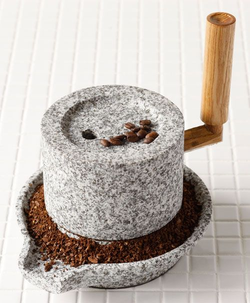 Rakuten: A stone mill (small / old type) (about): 20cm in diameter (captured go stone 14cm) gross weight: 5.5 kg- Shopping Japanese products from Japan