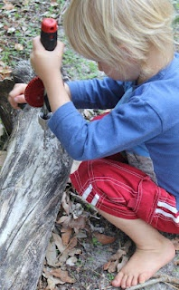 """""""Bush School - Nature Education in Australia"""" Precious Childhood.  Fantastic post - it shows how children can learn every area of the curriculum in the natural environment - and have fun while doing so.  Literacy, numeracy, science, environmental studies ... it's all here, and it's all real and meaningful to the children.  Originally Pinned by Alec Duncan of http://childsplaymusic.com.au/"""