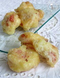 Frittelle di pasta lievitata con patate e prosciutto cotto