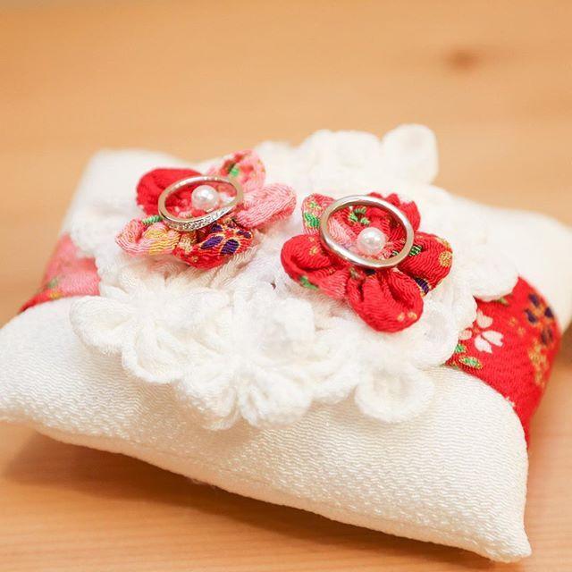 * 手作りのリングピロー リングピローは未来に生まれてくる赤ちゃんの枕、ファーストピローにすると幸せになるという言い伝えがあります #KOTOWA鎌倉鶴ヶ岡会館#KOTOWA#鎌倉#鶴ヶ岡会館#結婚式#和婚#和装#神前式#プレ花嫁#披露宴#リングピロー#おもてなし#ハンドメイド#手作り#ブライダルフェア#dearswedding #DIY