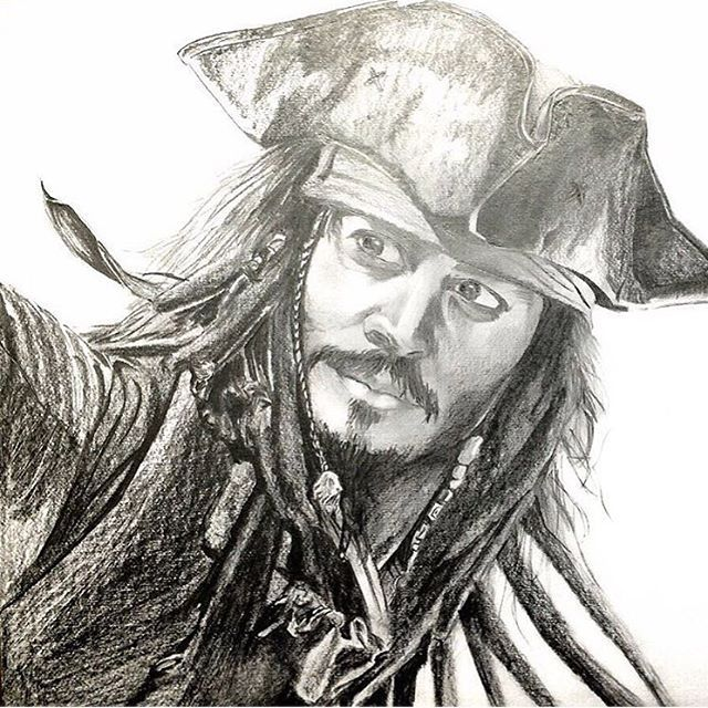 【r.k.axel2486】さんのInstagramをピンしています。 《これも大変だった #ジャック・スパロウ #ジョニーデップ #かっこいい #彼こそが海賊 #ヨーホー #酒を飲み干せ #海 #パイレーツオブカリビアン #ディズニー #カリブの海賊 #呪い #海賊旗 #キャプテンだ #鉛筆 #白黒 #俺たちゃ #死なない #おわかり? #誰がゴリラじゃ》