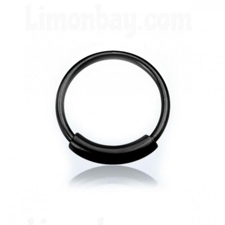 Aro cerrado de 7mm con cierre plano. Material: Plata esterlina con exterior en negro. 0,6mm (ultra fino: no deja marca!). Ideal nariz, labio, oreja