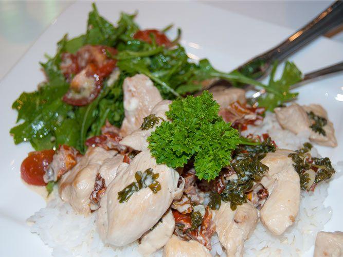 Barnematbloggen: Kremet kyllinggryte med persille og soltørket toma...