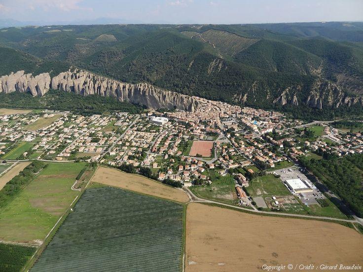 Photo aérienne de Les Mées - Alpes-de-Haute-Provence (04)