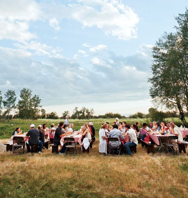 Plan the Perfect Rehearsal Dinner in 9 Simple Steps