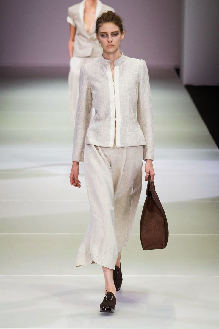 Fashion Show: Giorgio Armani Spring Summer 2015 | Milan Fashion Week