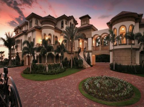 $22.9 Million Beachfront Mansion in Naples Florida
