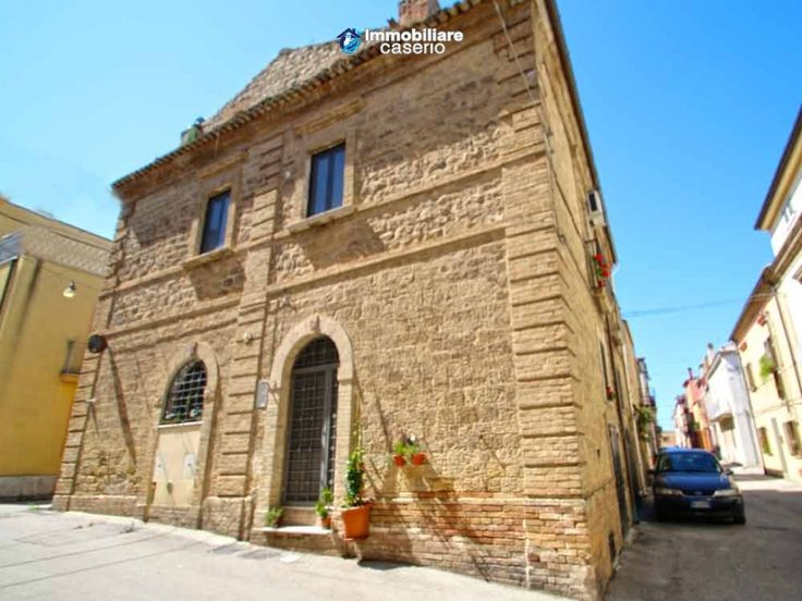 http://immobiliarecaserio.com/Oldest_property_in_stone_for_sale_in_Italy_Molise_Petacciato_2199.html