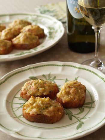 イタリアでは、薄切りにしたバゲットにパテを塗ったものを「クロスティーニ」と言い、前菜として食べられています。