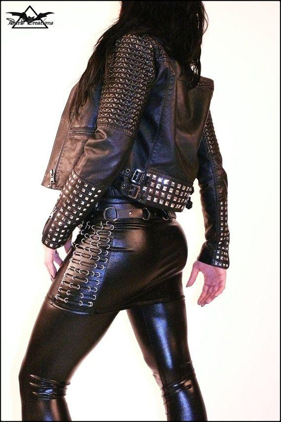 Roca de la muerte - mini falda de piel de látex del WETLOOK con Deathmetal instrumentos gótico fetiche de biker anillos Newrock Deathrock caliente sexy caliente elegante