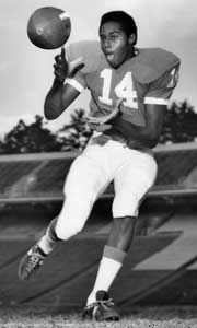 Trailblazer: first African American scholarship football player ahead ...