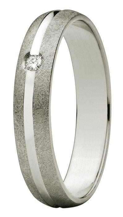 Oro blanco de 18 quilates. Diamante natural talla brillante