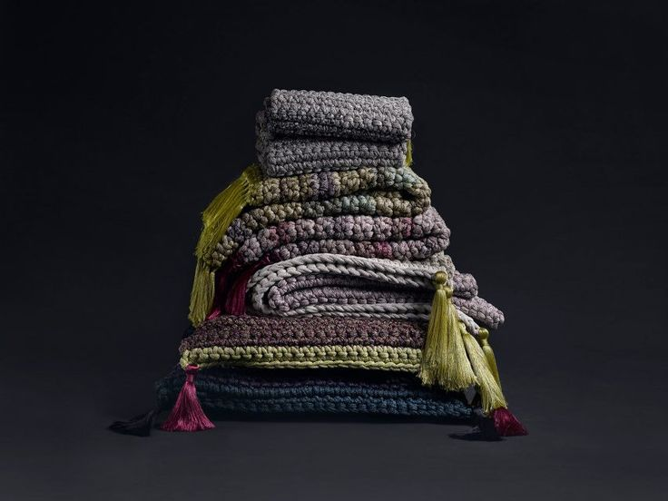Founded in 2014, Iota works in local communities with high rates of unemployment. The brand produces furniture and objects that marry traditional craft techniques such as crochet with contemporary forms, resulting in objects with an unusual tactile structure.