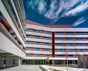 Colegio Mayor Universidad Carlos III Cano y Escario arquitectura #architecture