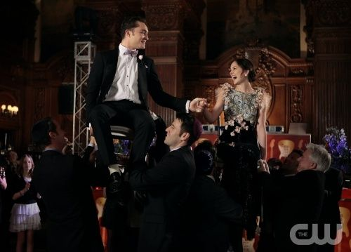 Chuck and Blair - Gossip Girl: Favorite Scene, Chair, Blair Waldorf, Xoxo Gossip, Chuck Blair, Xoxo Gg, Chuck Bass, Gossip Girls