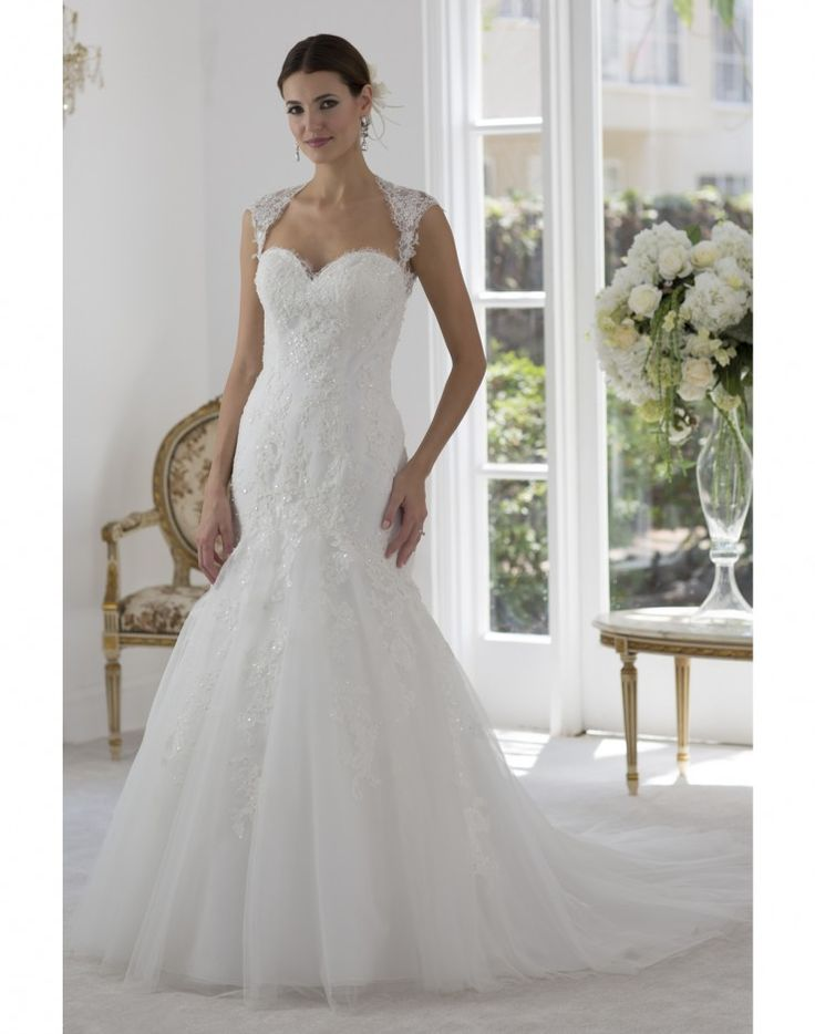 Lace Sweetheart Neckline With Cold Shoulder Sleeves Delicately Beaded On A Fit And Flair Style Gown Dramatic Keyhole Back Court Length Train