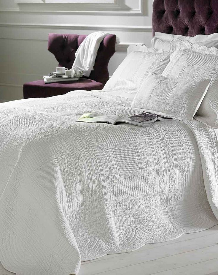 Charming Naples Brilliant White Quilted Bedspread Sizes Up To Super King