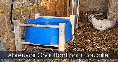 Abreuvoir chauffant pour Poulailler - Abreuvoir chauffant pour oiseaux - Accessoires pour poulaillers. Instructions: http://www.jardinage-quebec.com/guide/construire-un-poulailler/poulailler-6.html                                                                                                                                                     Plus
