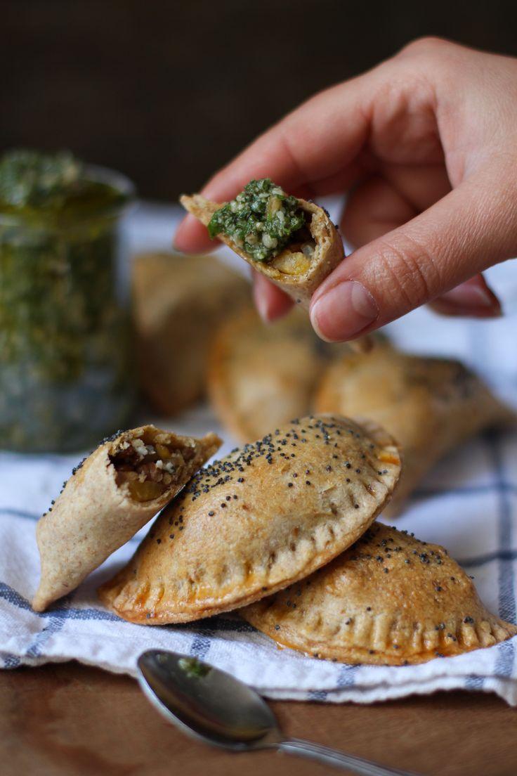 Empanadas de masa integral con chimichurri  - Ebook 25 recetas de brunch saludables - www.chilemolepasta.com