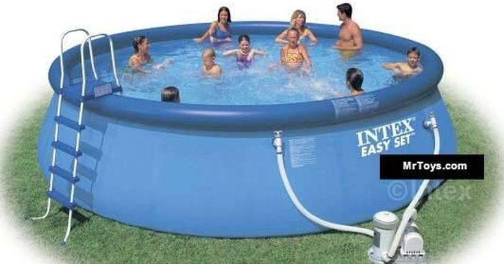 Como montar uma piscina Intex. Nadar em sua própria piscina pode trazer horas de diversão. As piscinas Intex proporcionam o prazer de uma piscina, mas sem os grandes custos daquelas instaladas no chão. Elas são fáceis de montar, basta que você tenha uma área de terreno plano para colocá-la.