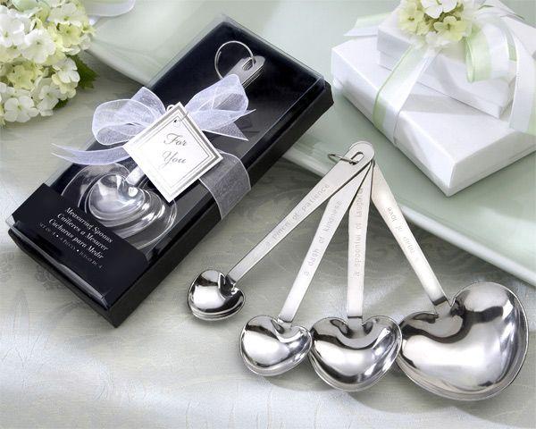 Misurini in argento per la casa.