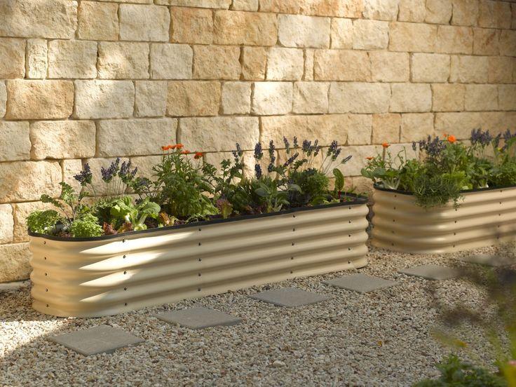 Modular metal trough garden bed gardens stone walkways - Jardineras de diseno ...