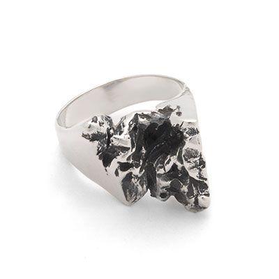 Ruin | Captve Jewellery | sterling silver | oxidized | handmade | ring