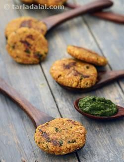 Oats and moong dal combine excitingly with an assortment of Indian spices to make a fibre and protein rich snack that will satisfy the food lover and health freak in you! To get perfect Oats Moong Dal Tikkis, shape them thinly and cook on a slow flame to ensure complete and uniform cooking. These tikkis are quite filling, and if used to make burgers, can end up as a snacky meal!