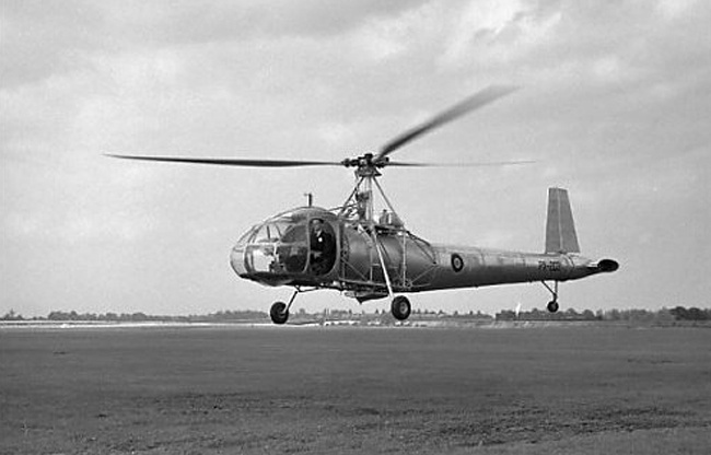 Vintage helicopter | Portrait and places of the past ...