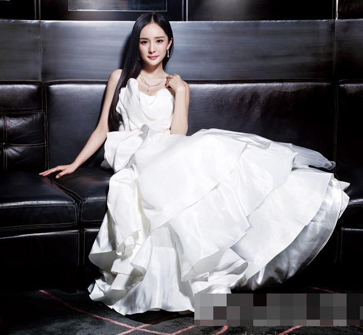 Wedding dress photoshoots from Yang Mi