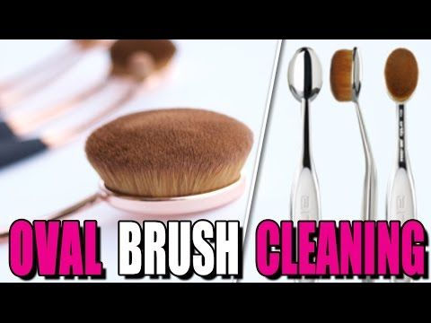 HOW TO: |EASILY CLEAN OVAL BRUSHES  & BEAUTY BLENDER!
